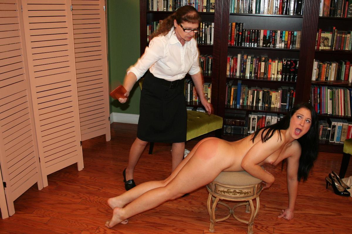 Vintage femdom whipping nu west leda porn images